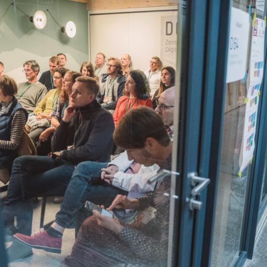 https://www.netzkulturfestival.de/wp-content/uploads/2019/10/2019-10-19-Netzkulturfestival-Freiburg-Photo-by-Fionn-Grosse-14h-39min-21s-905799-540x540.jpg