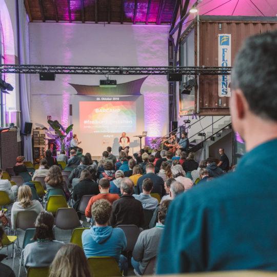 https://www.netzkulturfestival.de/wp-content/uploads/2019/10/2019-10-19-Netzkulturfestival-Freiburg-Photo-by-Fionn-Grosse-17h-06min-59s-906014-540x540.jpg